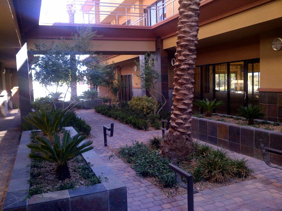 Courtyard landscape renovation garcia landscaping lawn for Landscape renovations